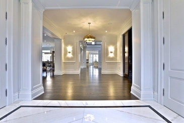 Large Hallway by Sunrise Constrade Corp. - Residential Constructions Toronto